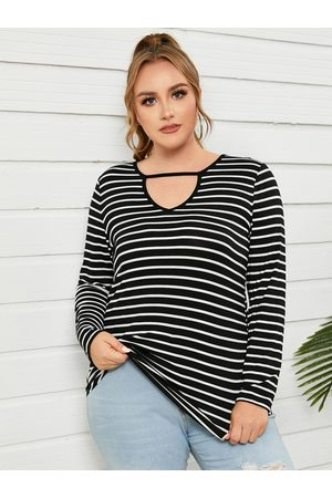 Yoins Plus Size Striped Cut Out Long Sleeves Tee