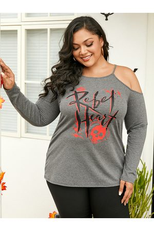 YOINS Plus Size Cold Shoulder Letter Long Sleeves Tee
