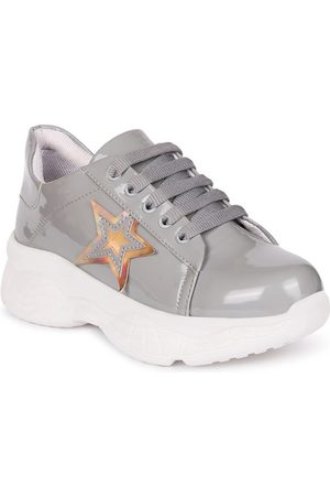 Longwalk Women Grey Walking Shoes
