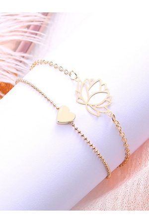 OOMPH Women Set of 2 Gold Tone Lotus & Heart Anklet