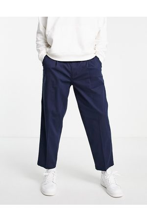 Levis Levi's loose cropped chinos in