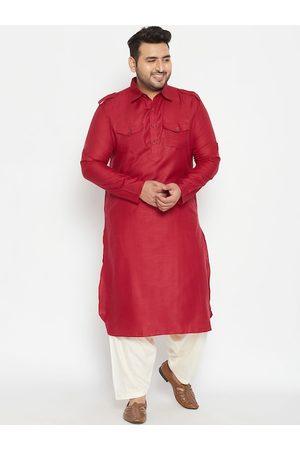 VASTRAMAY PLUS Men Maroon Pathani Kurta with Salwar