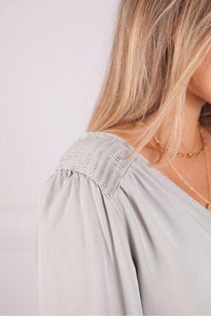 Bella Dahl V Neck Smocked Top in Soft Stone