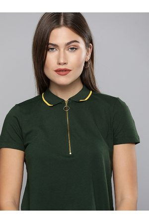 Chemistry Women Green Solid Polo Collar T-shirt