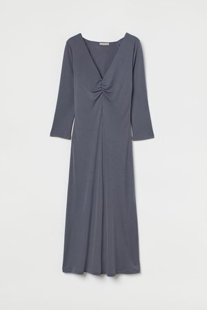 H&M V-neck dress - Grey
