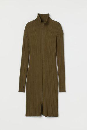 H&M Women Dresses - Ribbed polo-neck dress