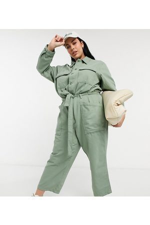 Levi's Utility jumpsuit with long sleeve in khaki