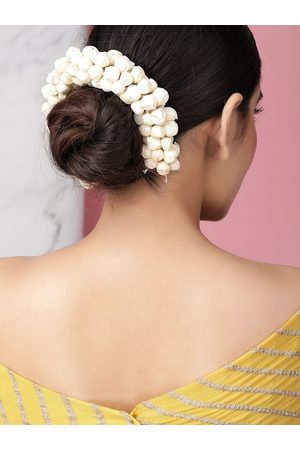Rubans Women White Embellished Faux Flower Hair Accessory Set