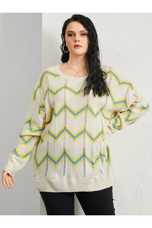 YOINS Plus Size Round Neck Wave Hollow Design Long Sleeves Sweater