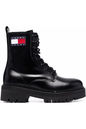 Tommy Hilfiger Cleat logo-badge combat boots