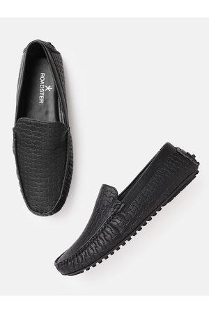 Roadster Men Black Basket Weave Textured Driving Shoes