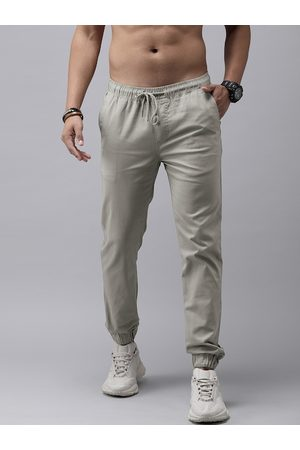 Roadster Men Grey Solid Mid-Rise Regular Fit Jogger Trousers