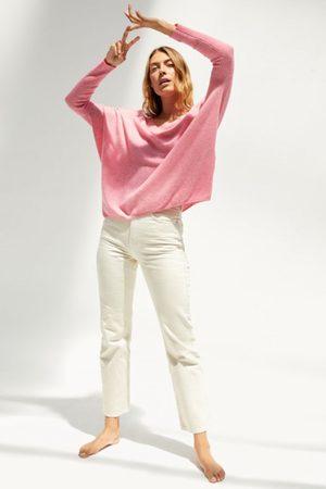 ABSOLUT CASHMERE Women Long Sleeve - Camille Oversize V Neck Knit in Ballerine