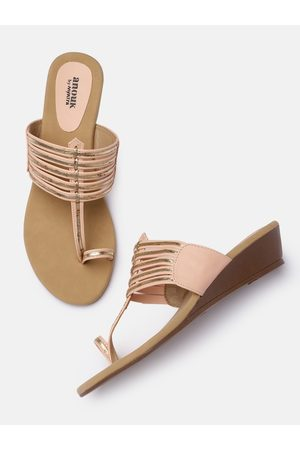 Anouk Peach-Coloured & Gold-Toned Striped Ethnic Wedge Sandals